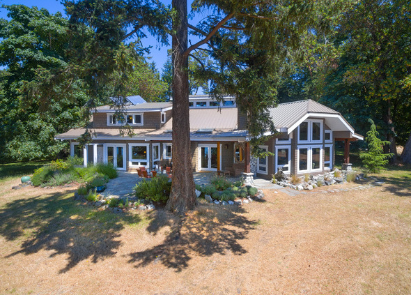 Oceanfront Country Estate - Sidney Island Strata Lot 95
