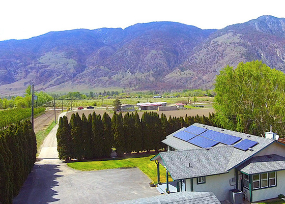 A Blissful Garden Estate Set in Heart of Wine and Fruit Country - Cawston, BC