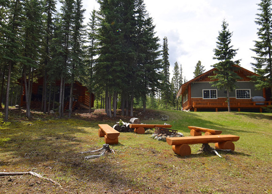 Lakefront Four Season Cottages - Nimpo Lake