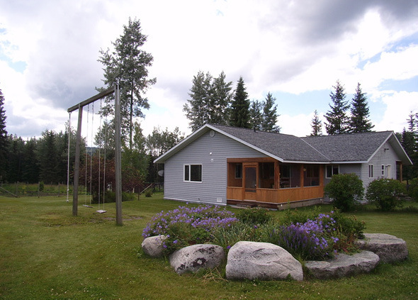 Stunning Ranch Property for Dreams Come True - Bridge Lake, BC