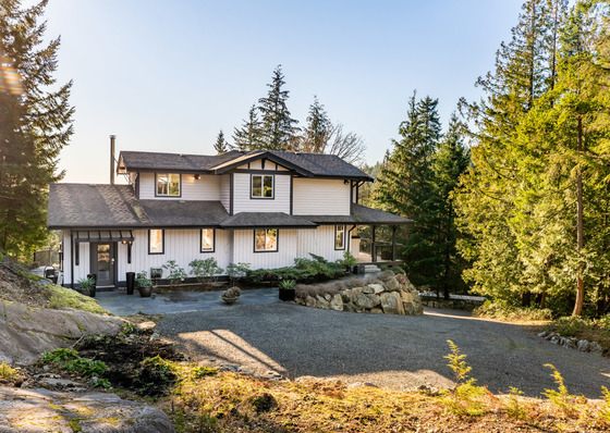 Charming Island Home with Ocean Views - Bowen Island, BC