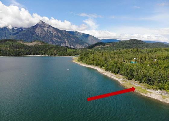 Serviced Lakefront Lot at Galena Bay, BC