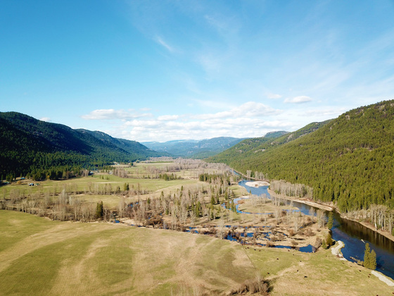 Picturesque Riverfront Cattle Ranch - Christian Valley, BC