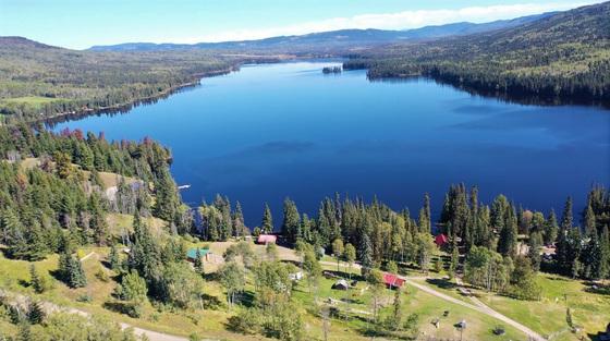 Renowned Eagan Lake Resort - Eagan Lake, BC