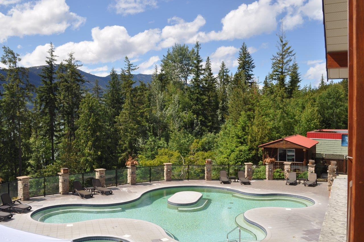 Halcyon hot springs 24