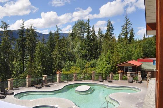 Thumb halcyon hot springs 24