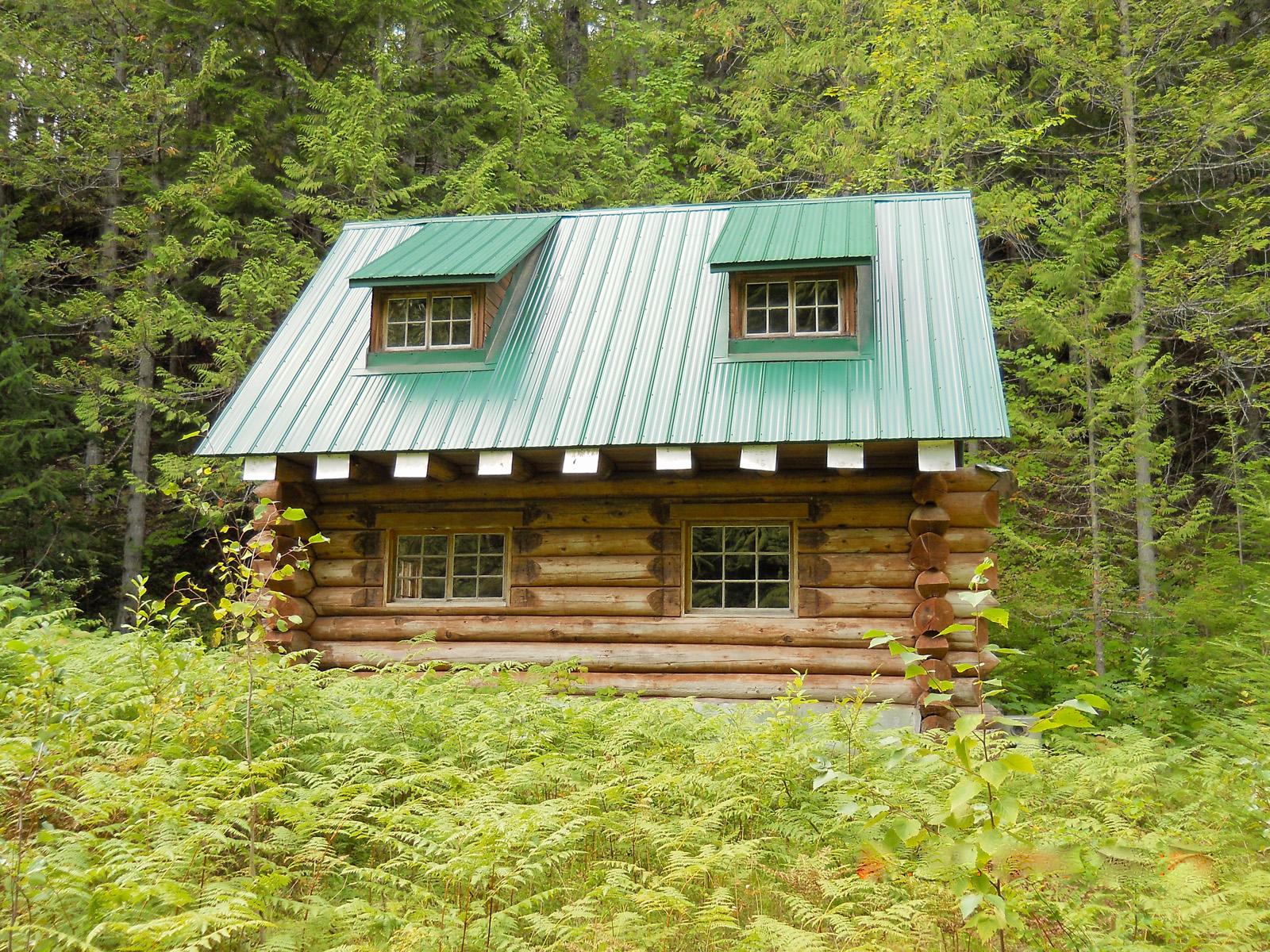 Cedarvale log cabin 03