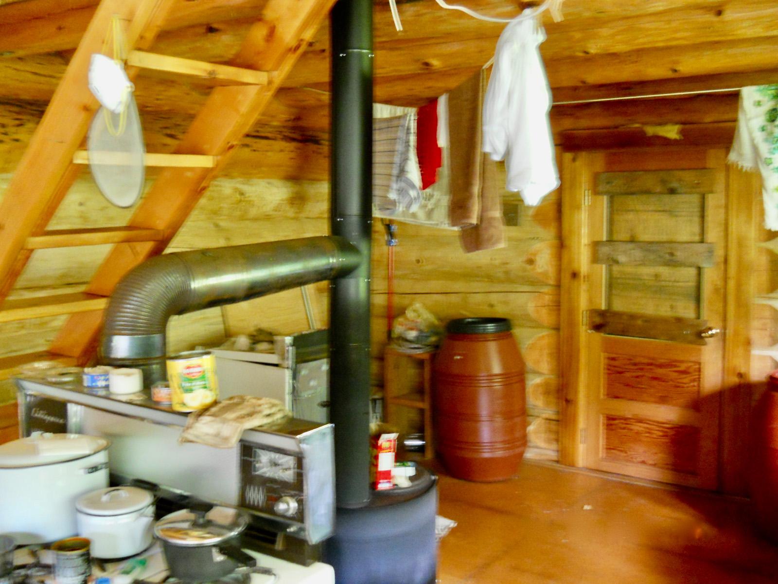 Cedarvale log cabin 07