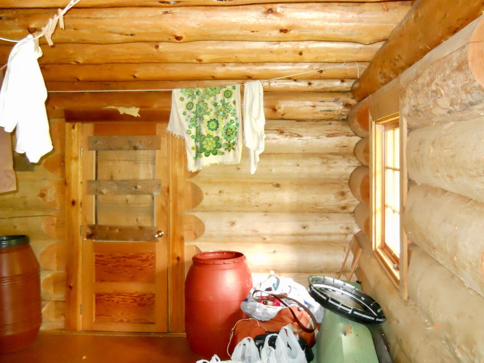 Cedarvale log cabin 08