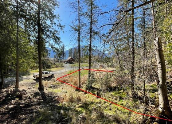Building Lot in Twin Bays Village - East Shore of Kootenay Lake