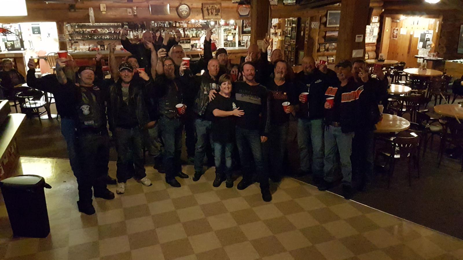 Log cabin pub 26