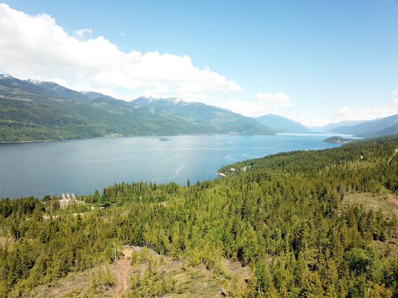 Thumb kootenay lake 03