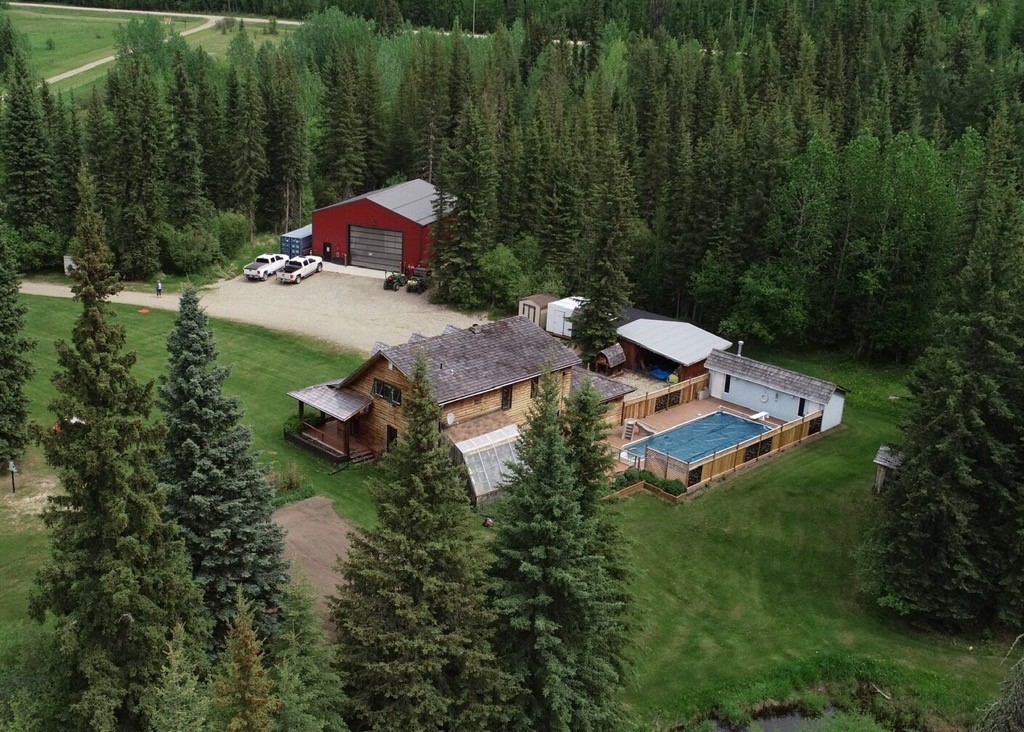 Toms lake farm 01