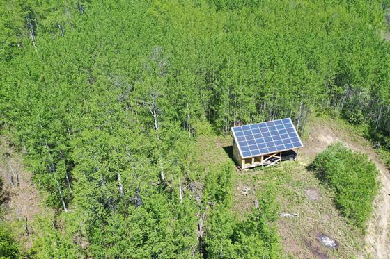 Thumb moberly lake cabin 17