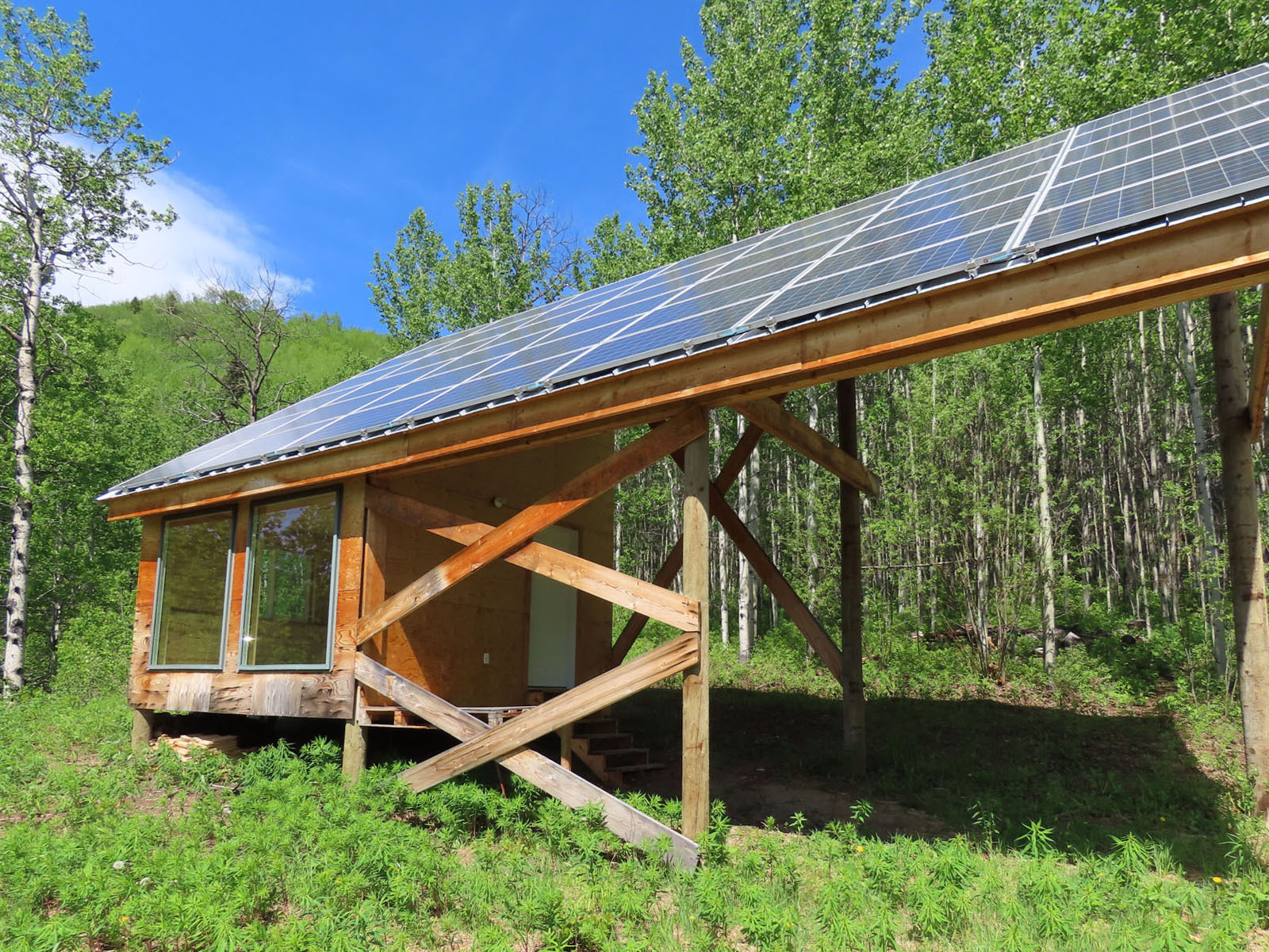 Moberly lake cabin 39