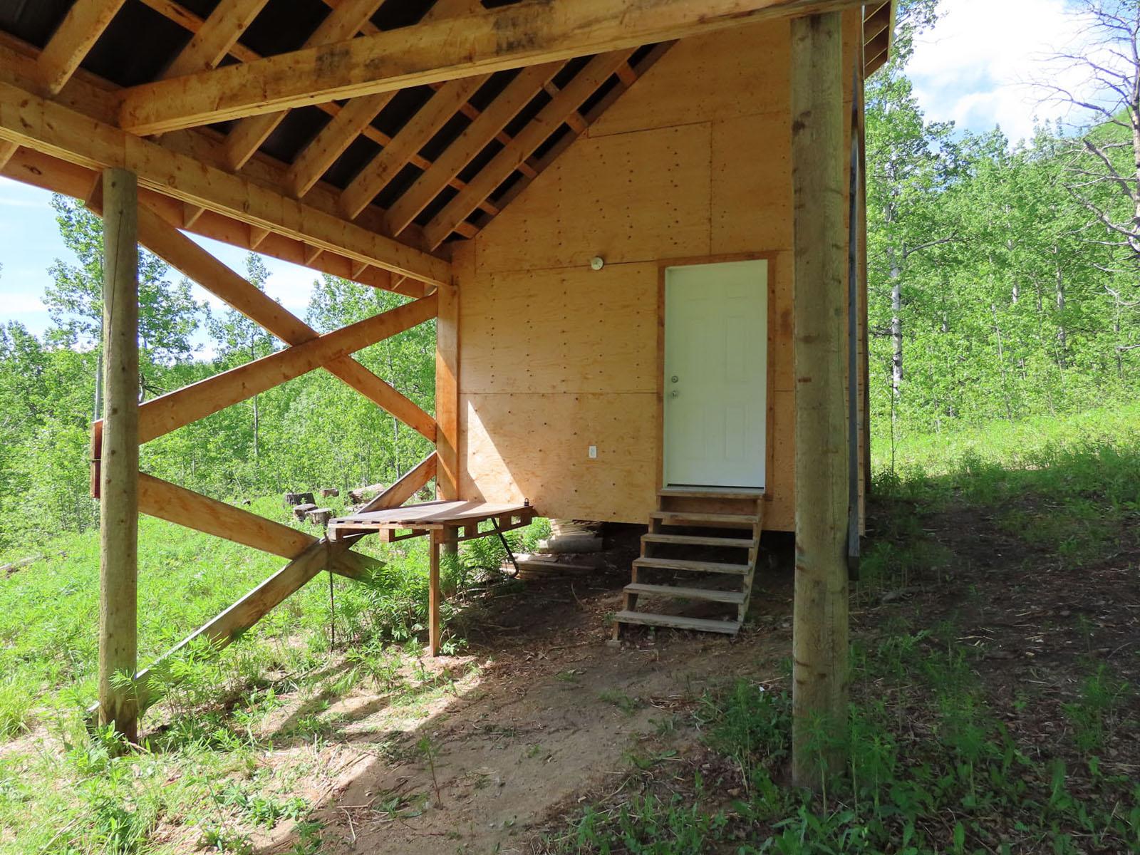 Moberly lake cabin 44