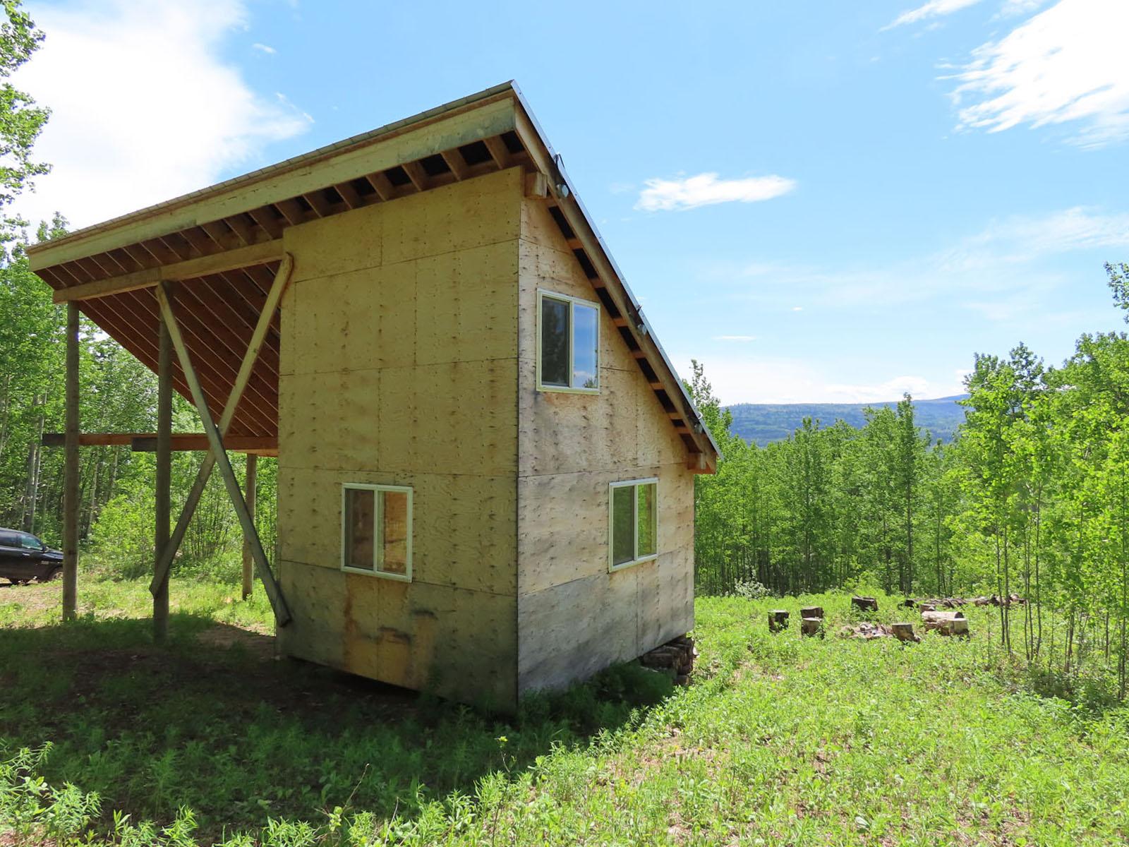 Moberly lake cabin 56