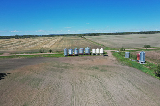 Thumb fort st john grain farm 006