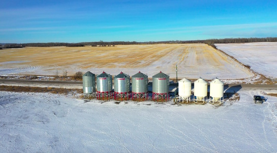 Thumb fort st john grain farm 105