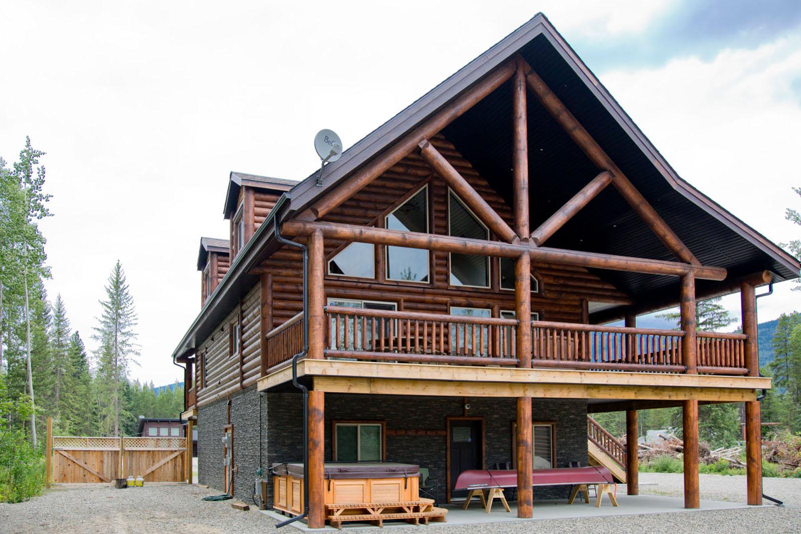 Valemount log cabin 05