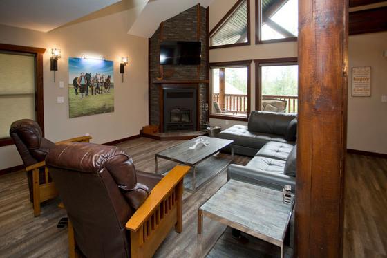 Thumb valemount log cabin 10