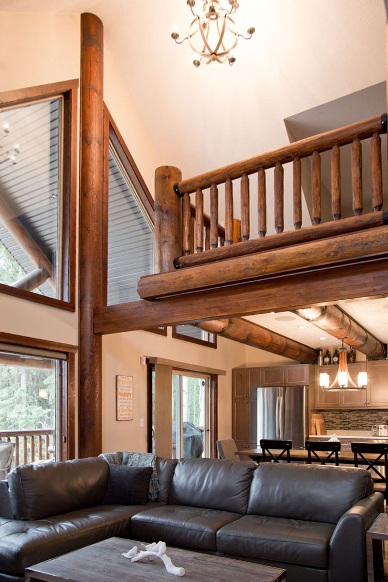 Valemount log cabin 12