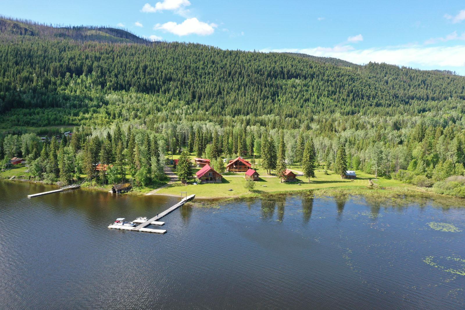 Canim lake resort 01
