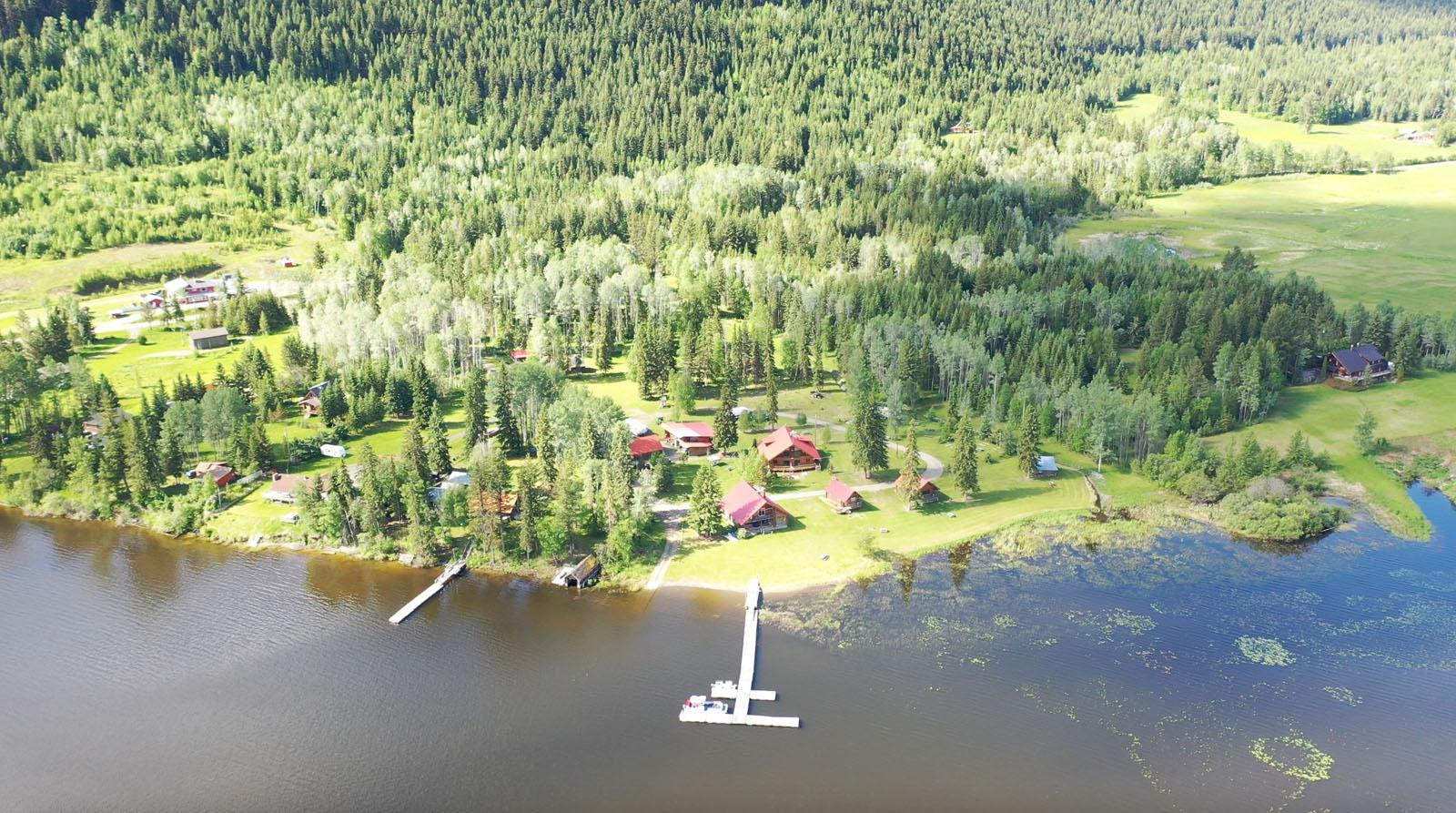 Canim lake resort 02