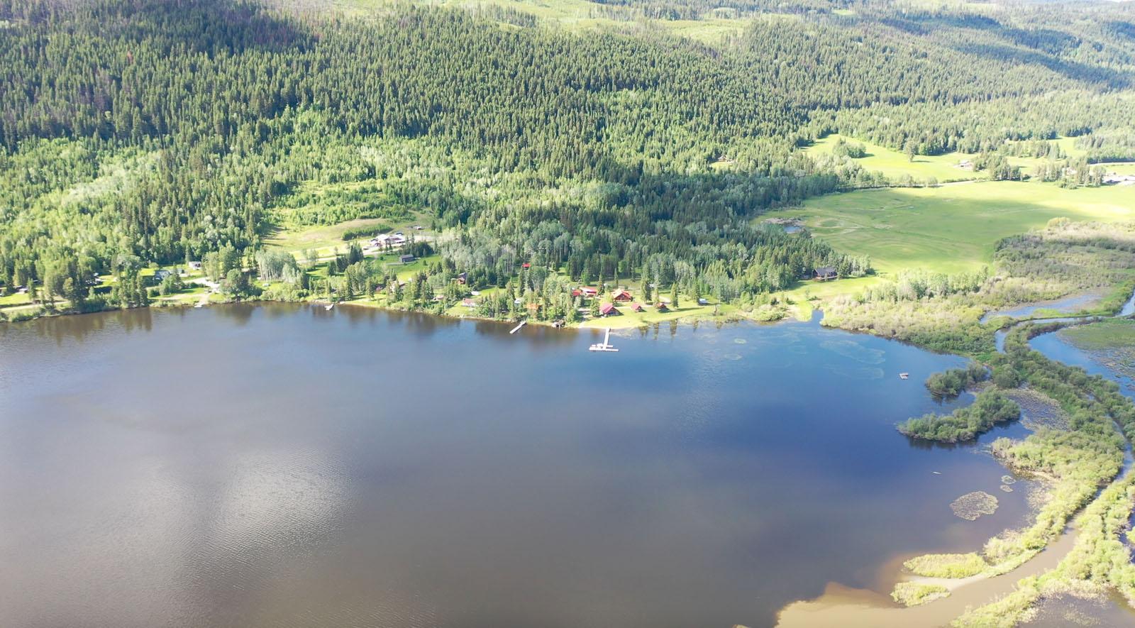 Canim lake resort 03