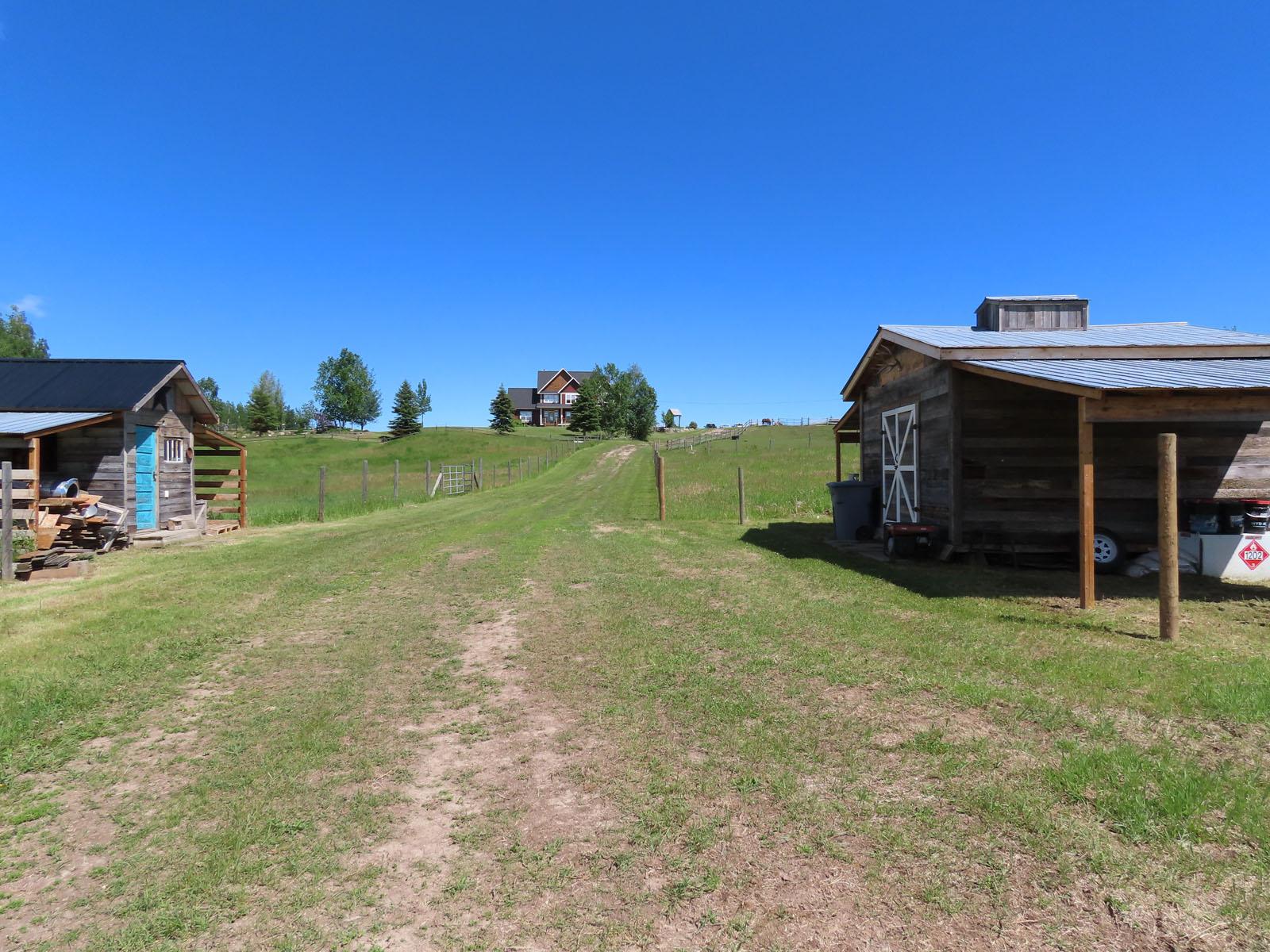 Vanderhoof country home 091