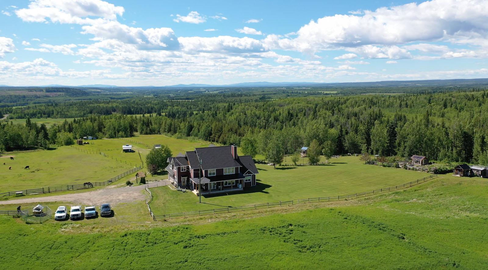 Vanderhoof country home 102