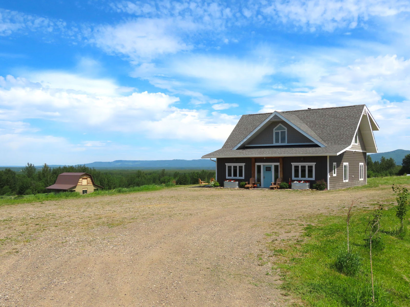 Lone prairie country home 86