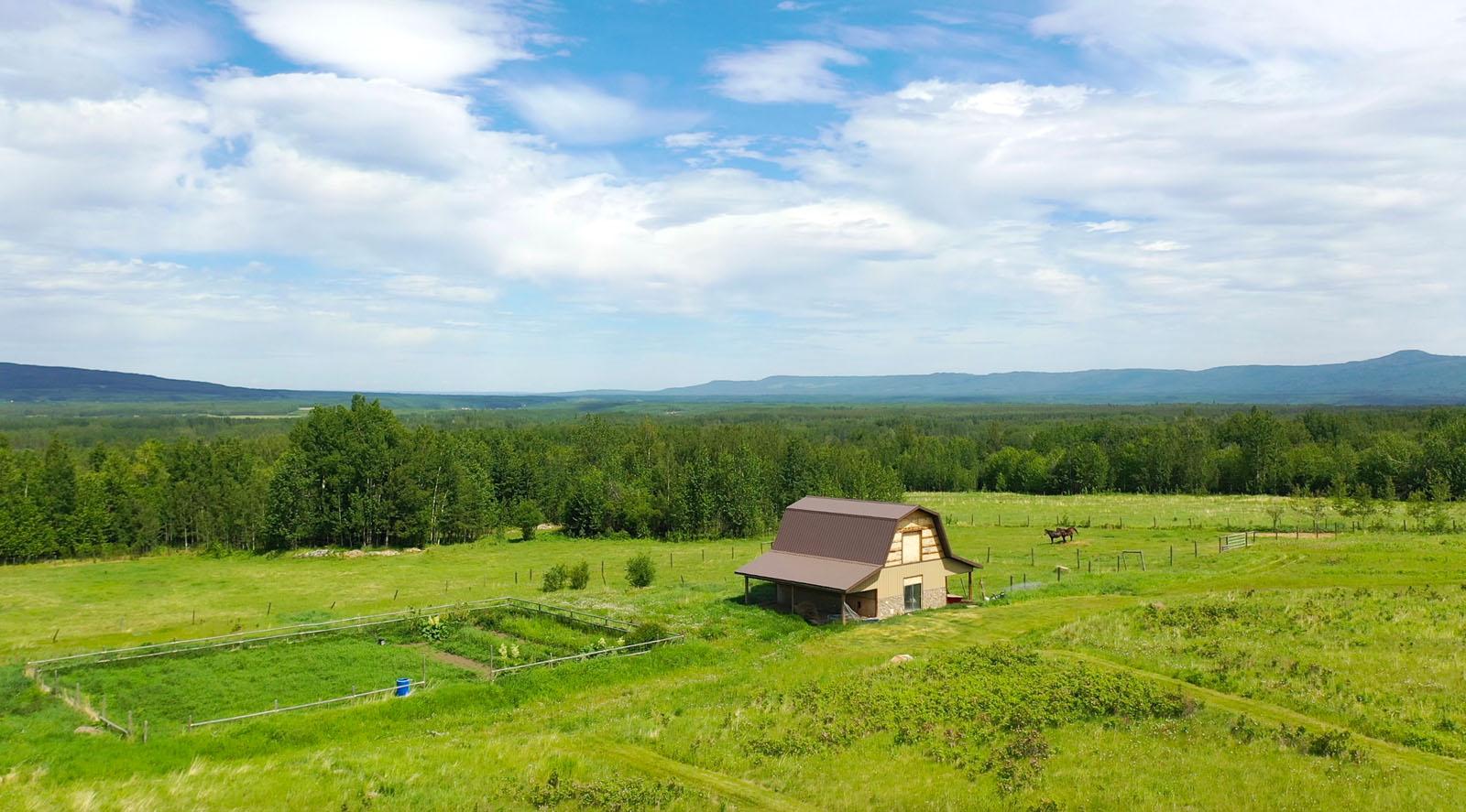 Lone prairie country home 90
