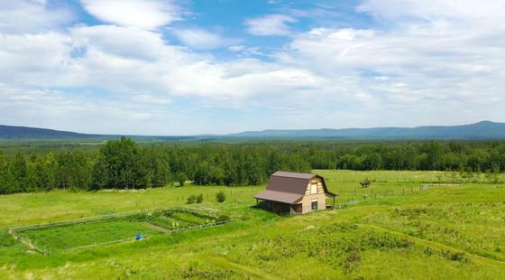 Thumb lone prairie country home 90