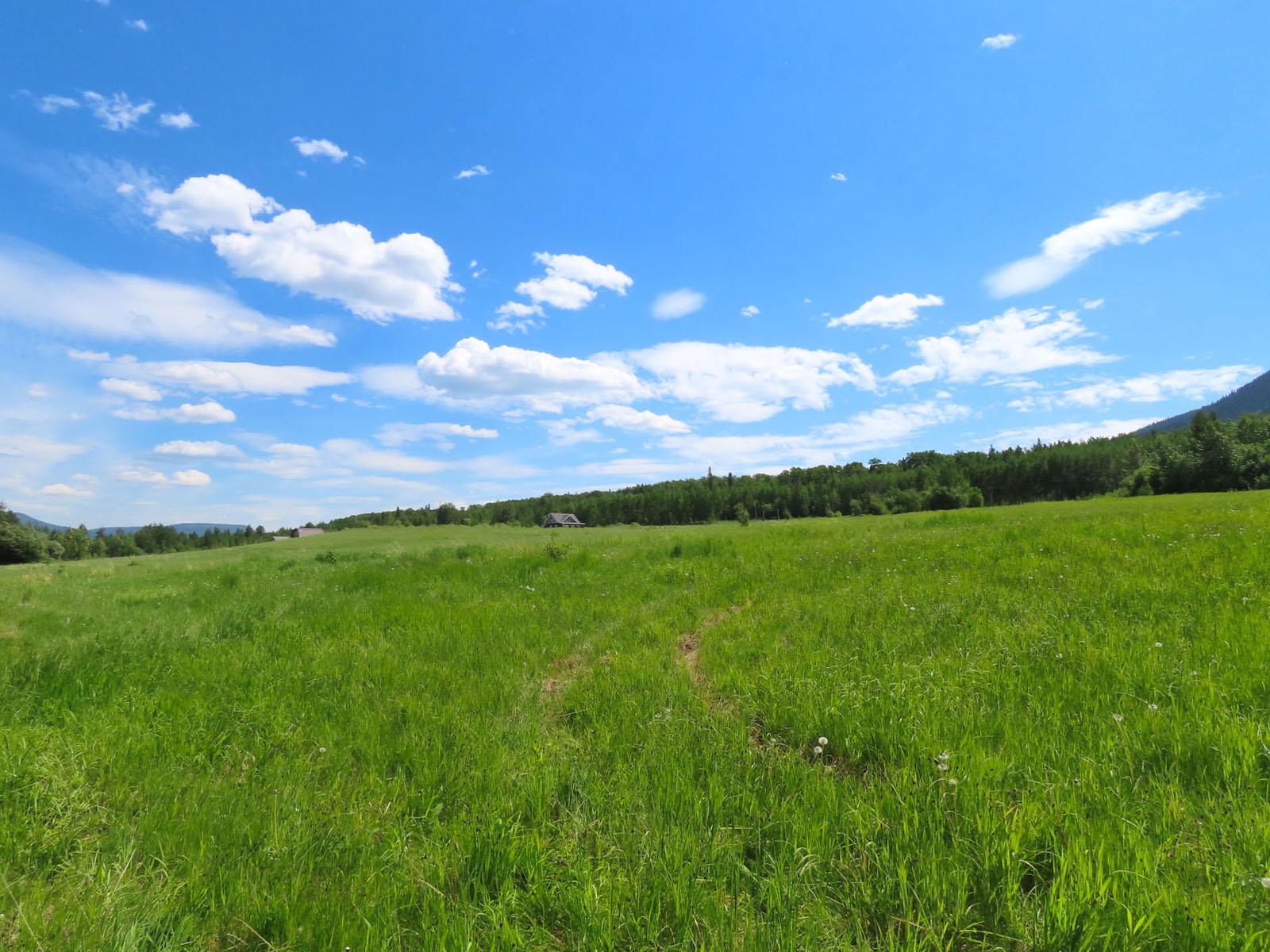 Lone prairie country home 97