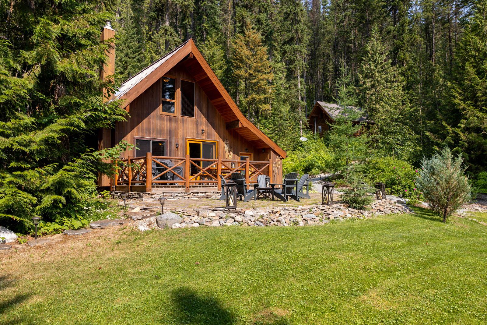 Mount robson log home 01
