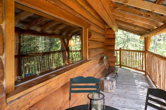 Thumb mount robson log home 26