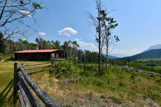 Historic Nuit Trails Ranch - Tatlayoko Valley - Cariboo/Chilcotin
