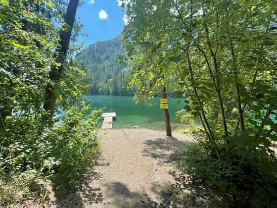 Thumb echo lake resort 18