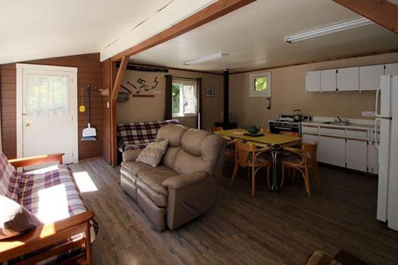 Thumb echo lake resort 58