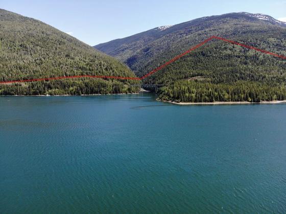 Thumb lake revelstoke estate 13