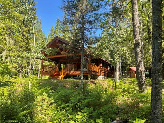 Thumb lake revelstoke estate 26