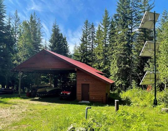 Thumb lake revelstoke estate 54